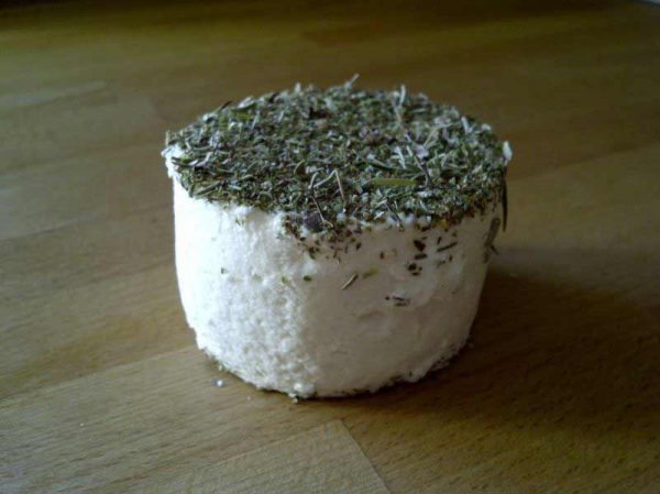tomme herbes 600x449 - Tomme sarriette